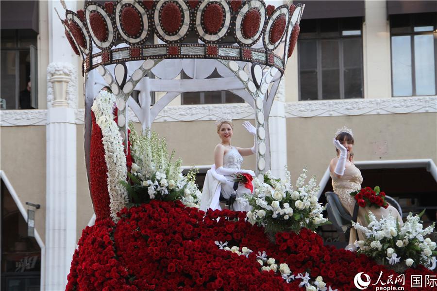 美国加州举办盛大花车游行喜迎2020【2】