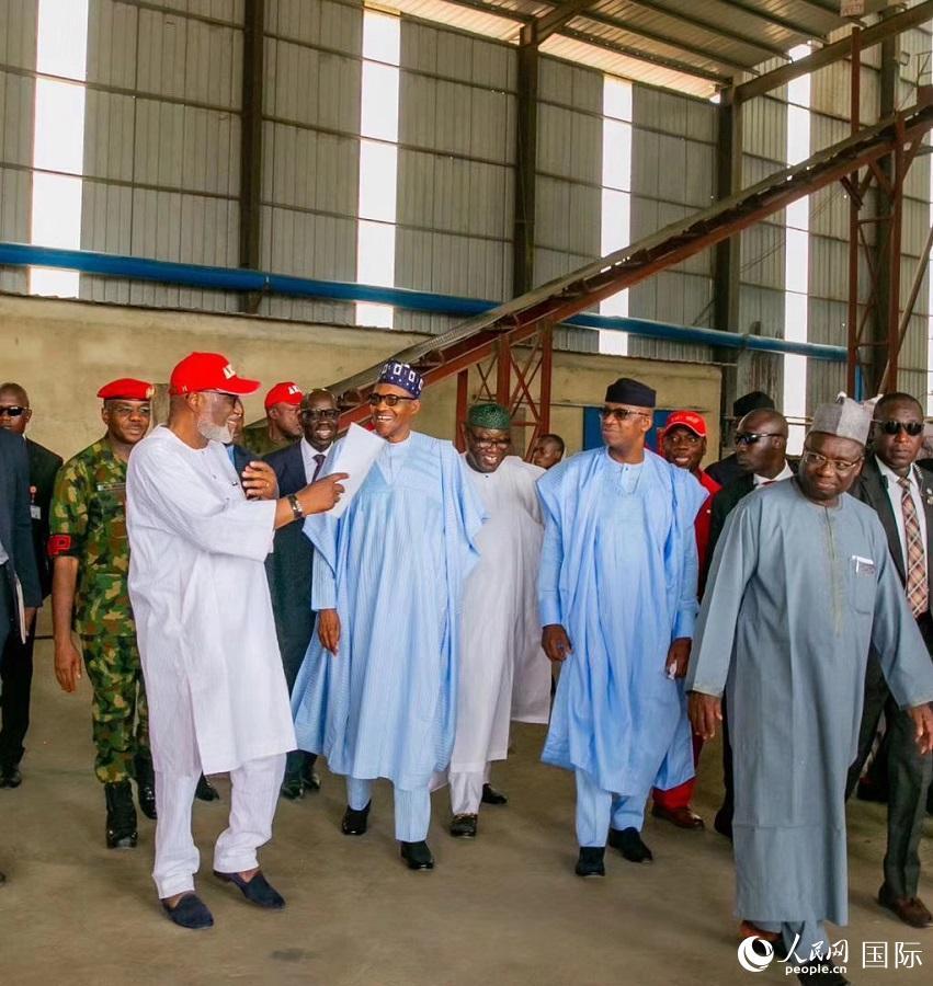 尼日利亚总统布哈里参观工业园区(西非华文报供图)