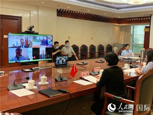 中南基础教育部门首次举行抗疫经验交流视频会