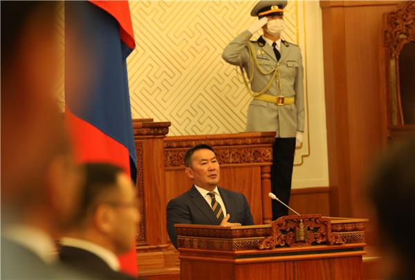 赞丹沙塔尔当选蒙古国新议长