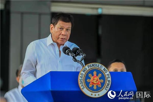 中国援助菲律宾60万剂新冠疫苗顺利运抵