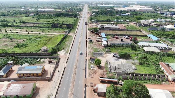 中企承建尼日利亚卢萨达至伊拜萨公路正式通车