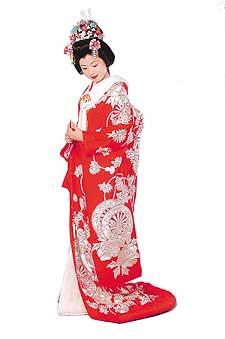 组图:日本婚纱照新娘一模一样