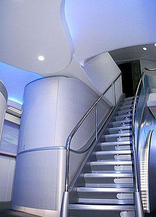 组图:波音747-8洲际飞机内饰