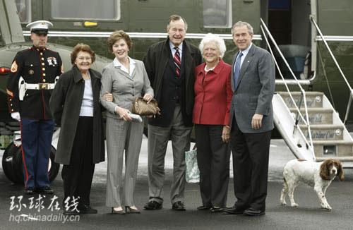 一家人,两代总统的开心照