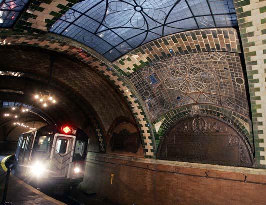 纽约曼哈顿的地铁站古雅的穹顶-世界最美的地铁景致 5图片