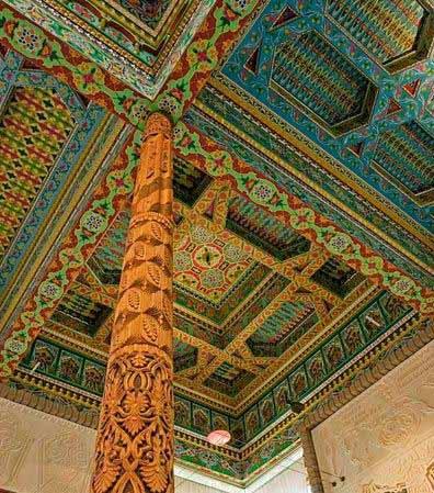 雕花木柱——真正的艺术作品