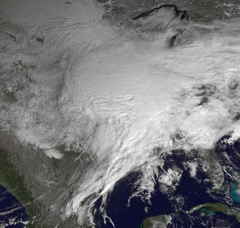 令人震惊的风暴卫星云图