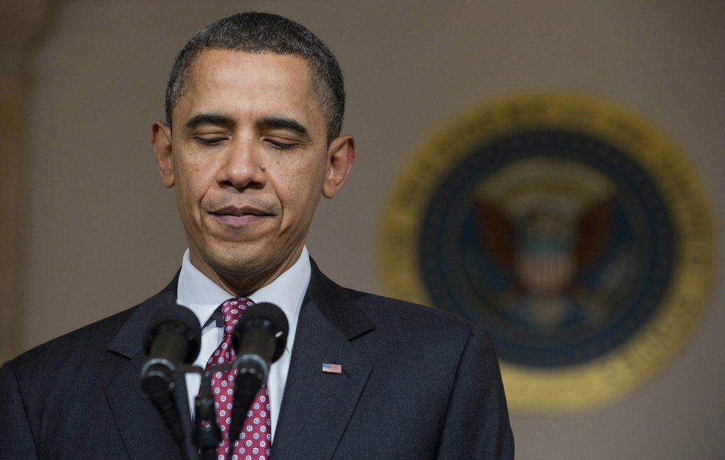 2011年2月11日,美国总统奥巴马说,埃及总统穆巴拉克辞职后,埃及军方须确保实现埃及民众眼中可信的过渡。   在埃及反政府抗议活动进入18天之际,埃及副总统苏莱曼11日通过国家电视台宣布,穆巴拉克已辞去总统职务,并将权力移交军方。