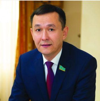 哈萨克斯坦政党率领人:中国减贫事业给地域成长带来了但愿